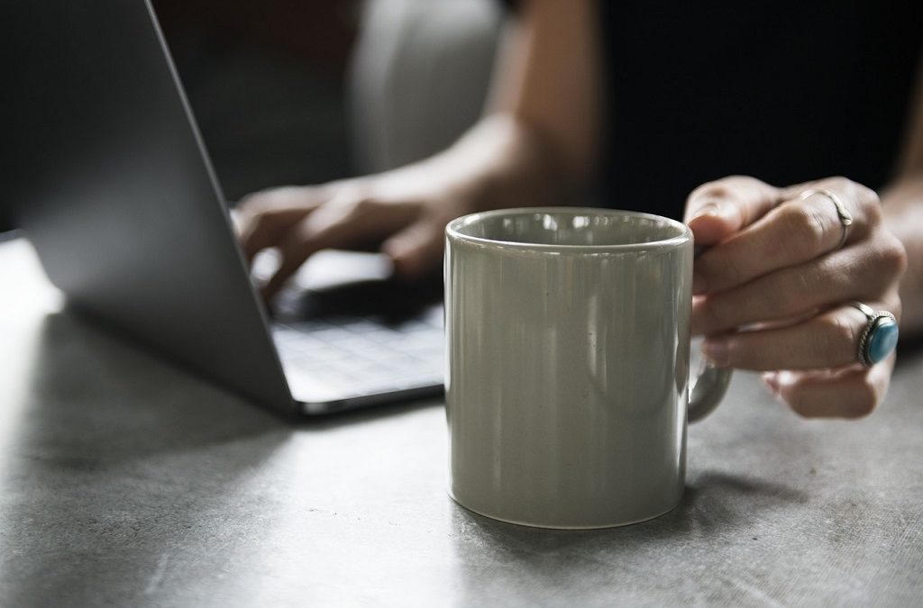 5 Ways That Working Online Can Change Your Life